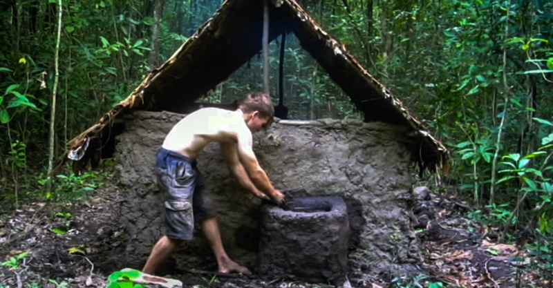 This Guy Shows You How To Build a Woodland Home – Using Only His Hands (And A Stone)